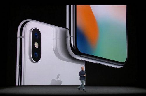 Apple представила сразу три новых iphone и еще целый ряд новинок. это надо видеть!
