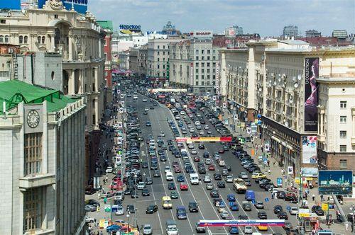 Главная торговая улица россии теряет прежних арендаторов