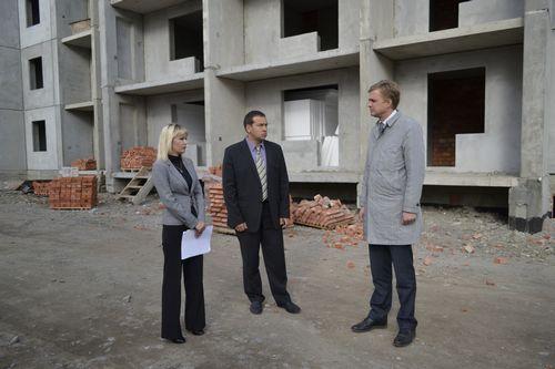 Губернатор вологодчины попросил федерацию добавить денег напрограмму переселения ветхого жилья