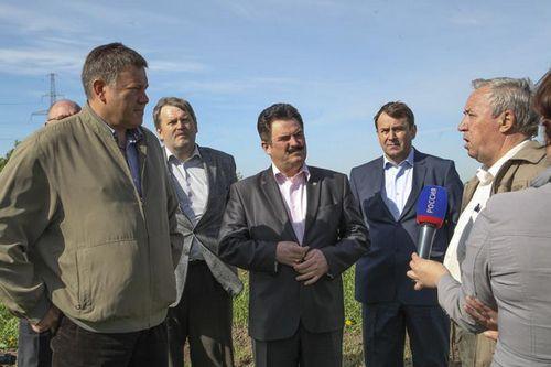 Губернатор вологодской области лично следит заходом посевной кампании