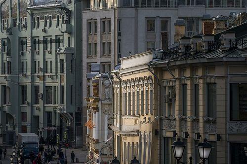 История на продажу: сколько стоят квартиры в самых старых домах москвы