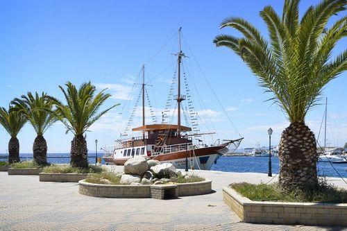 Калькулятор: квартира в греции. расходы на содержание и доходы от аренды