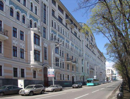 Квартир в элитных новостройках москвы хватит на 2,5 года
