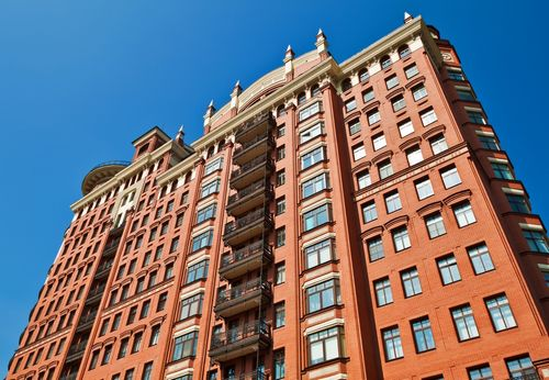 Москвичи начали скупать недвижимость из-за дешевеющего рубля