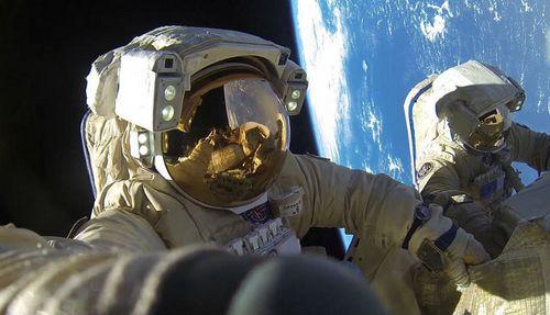 Наш ответ илону маску: российские космонавты побили рекорд по пребыванию в космосе