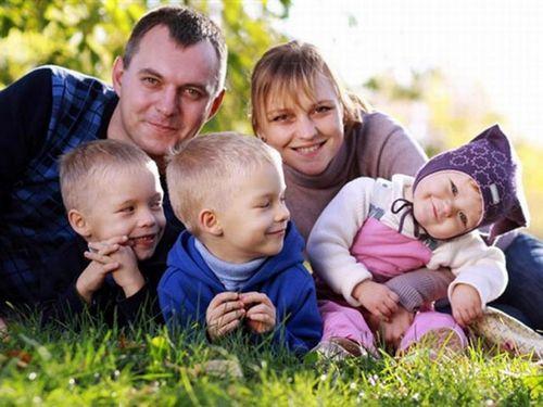 Навологодчине растет число многодетных семей