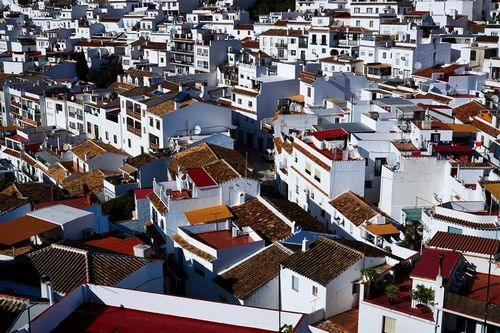 Притягательный кризис: обзор рынка недвижимости испании. 2016 – 2017