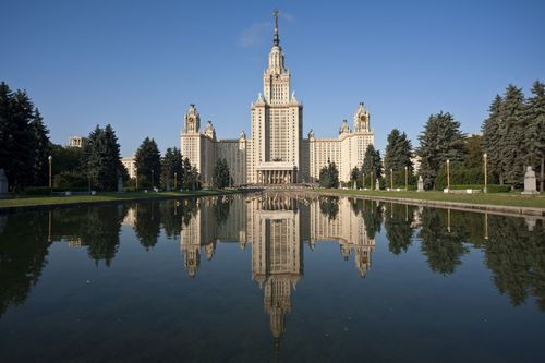 Шишханов поможет построить около 1 млн кв. м напротив мгу