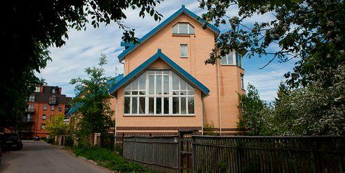 Спрос на загородное жилье в подмосковье снизился на четверть за год