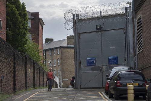 Тюрьмы xix века в престижных районах лондона продадут для застройки