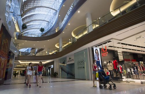 В московских торговых центрах опустел каждый десятый квадратный метр