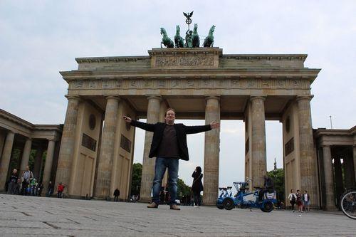 Жизнь городов германии. берлин – бегом за настоящим